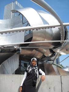 Aisha visits Millenium Park in Chicago